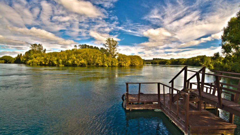 Waikato River from our dock